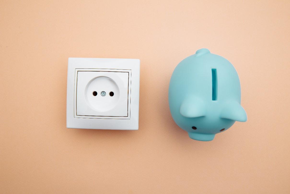 Jak oszczędzać prąd w domu? 9 pomysłów