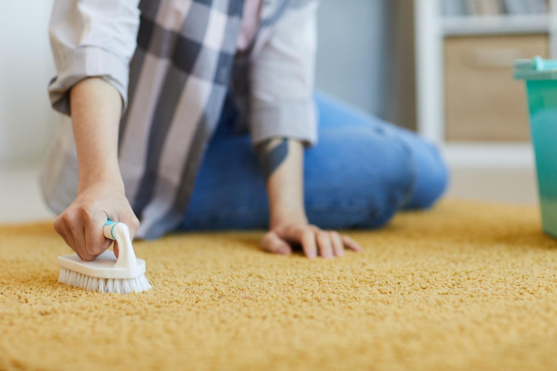 Jak wyczyścić dywan? 3 sposoby