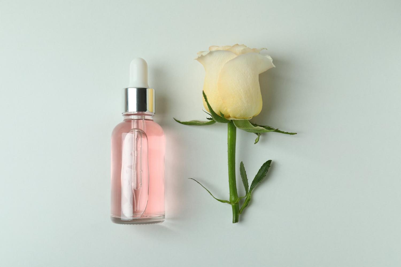 Olejek różany - nie tylko do twarzy!