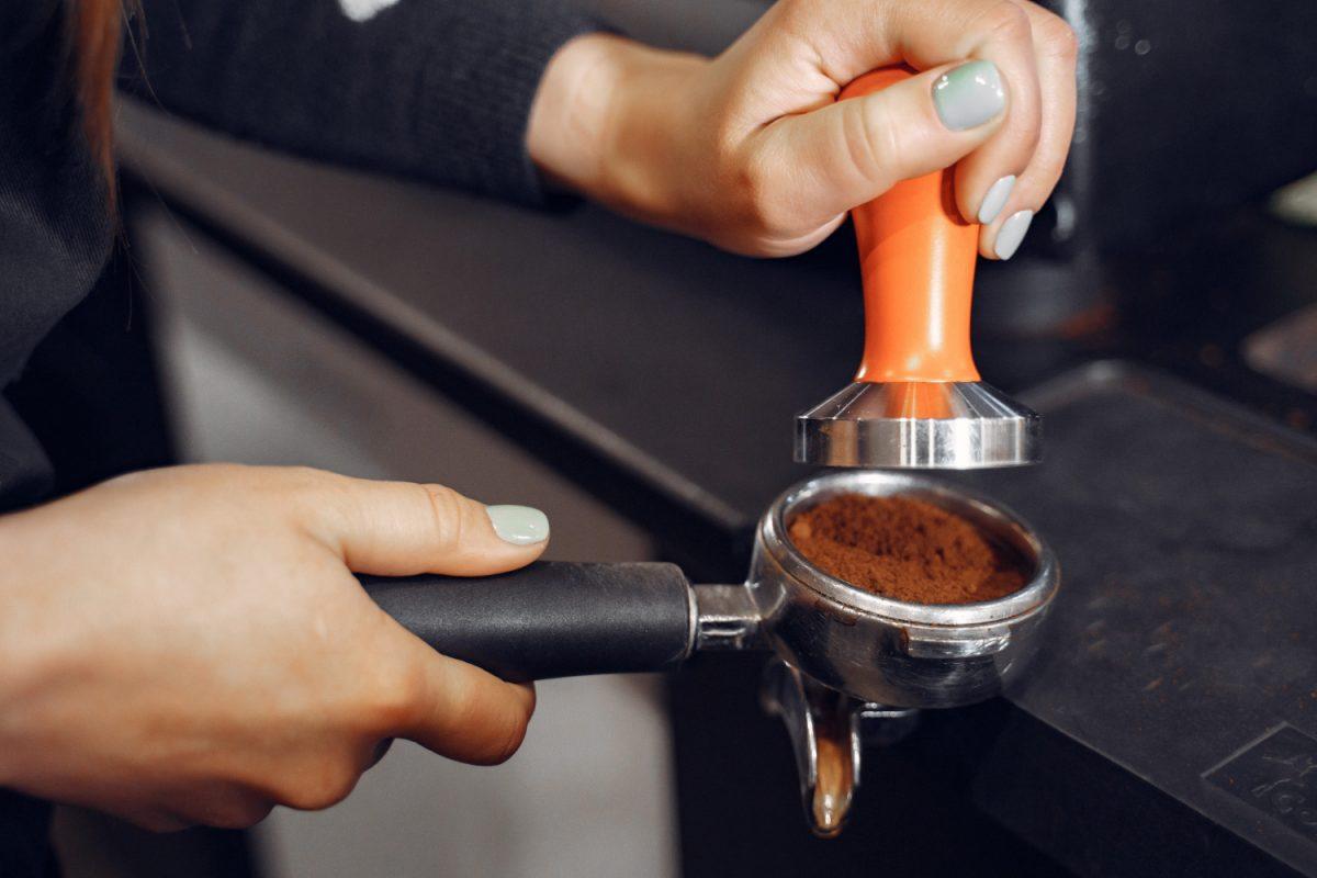 Jak w domu stworzyć mini kawiarnię?